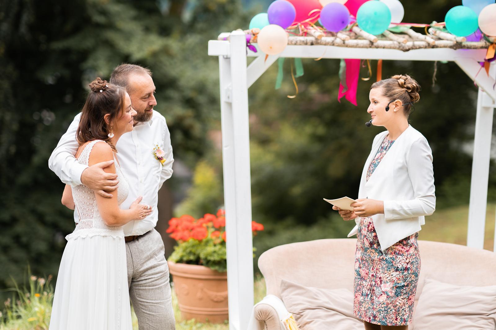 Marie Rogez maitre ceremonie-laique la réunion alsace allemagne mariage pacs